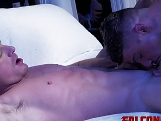 Horny twinks banging each other
